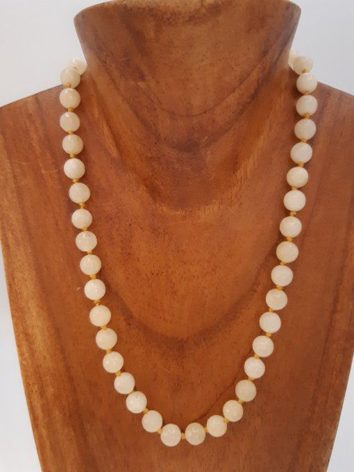 Collier en calcite jaune